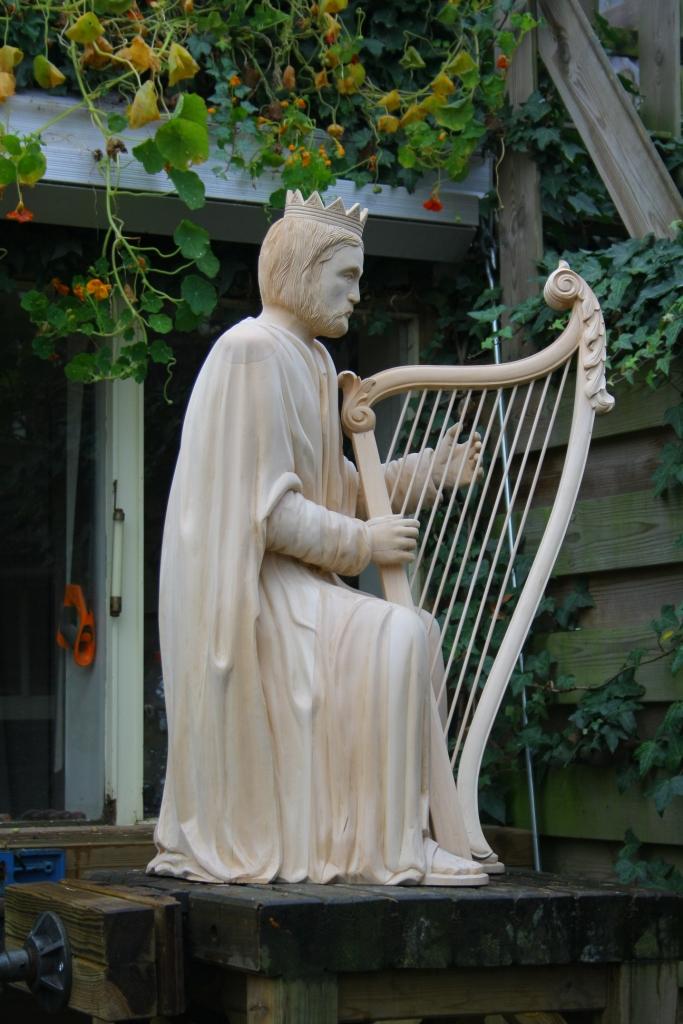 David met harp